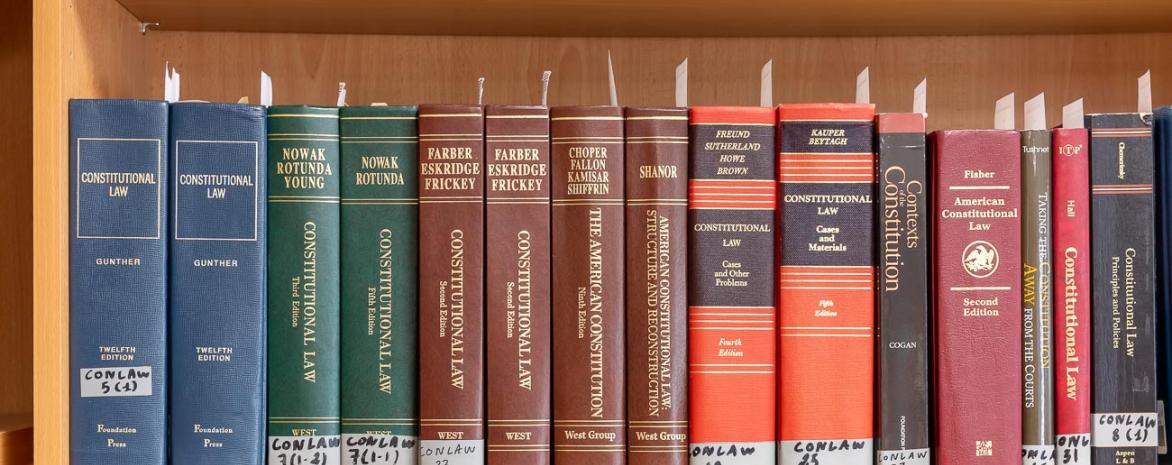 Le centre de droit public comparé, ouvrages