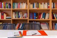 Bibliothèque du centre de droit public comparé